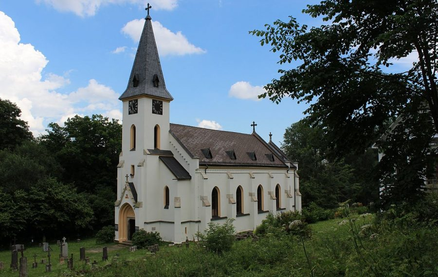Church_in_Zvonkova_-_panoramio